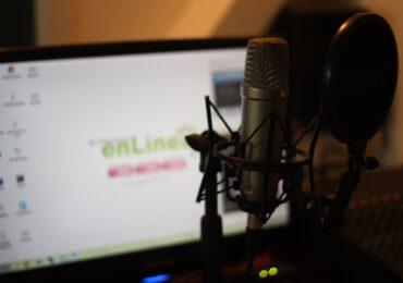 6 melhores podcasts de investimentos, negócios e economia para te ajudar a ganhar mais