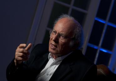 Quem é o megainvestidor Elie Horn?