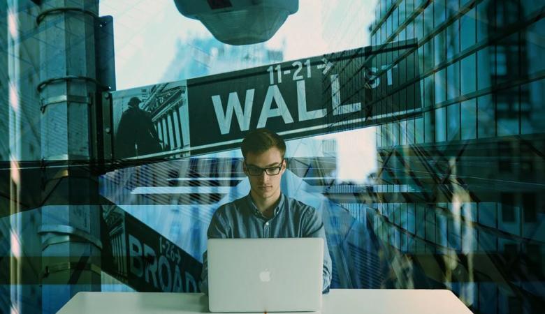 investimento, digitando, wall street