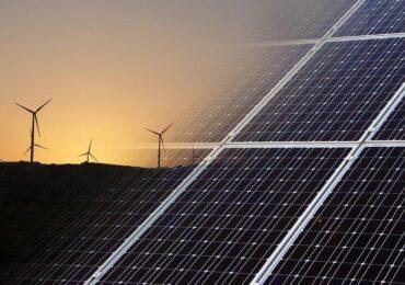Saiba como investir em energia renovável no Brasil
