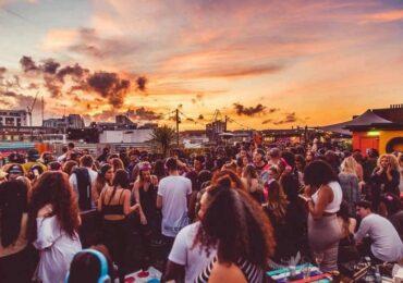 Desafios da reabertura do mercado de entretenimento no Brasil