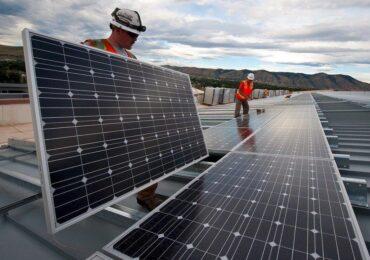 Aumentos tarifários impulsionam mercado de energia solar